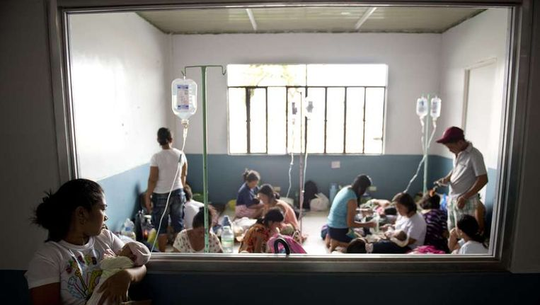 Drukke kraamafdeling in Tacloban. Beeld afp