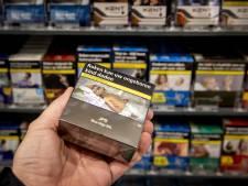 Supermarkten mogen vanaf 2024 geen tabak meer verkopen, tankstations volgen later