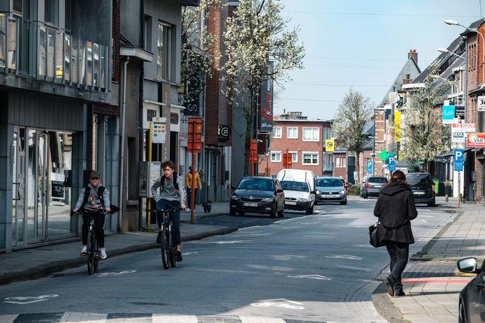 De Kapellestraat, de winkelstraat van Aartselaar.