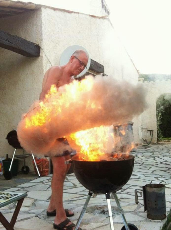 """,,Dit hadden we niet verwacht"""", schrijft Frans Broos uit De Lier over de barbecue in Frankrijk. Dat snappen we en daarom is dit de eerste weekwinnaar."""