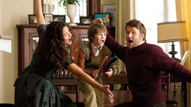Jennifer Garner, CJ Adams en Joel Edgerton in The Odd Life of Timothy Green (Peter Hedges, 2012). Beeld
