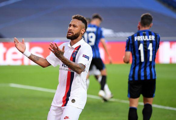 Neymar miste in de eerste helft tot twee keer toe het onmisbare.