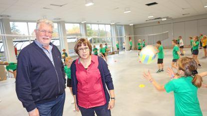 """Nieuw schoolgebouw voor school De Knipoog in Mazenzele: """"Geen moment te vroeg, want het regende hier binnen"""""""