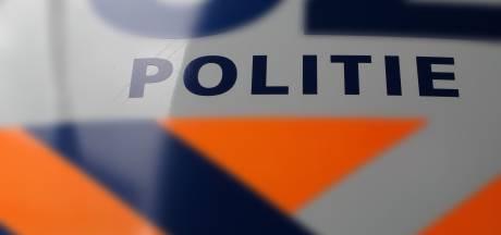 Politie geeft beelden vrij van verdachte die Somerense (70) oplichtte