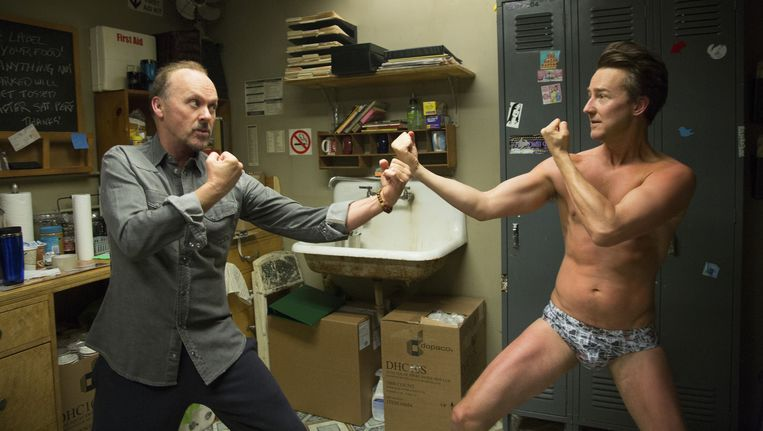 Michael Keaton en Edward Norton in Birdman Beeld 20th Century Fox