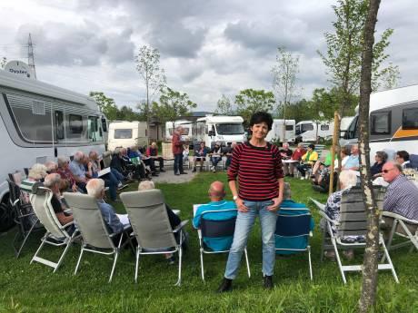 De magie van een kijkcijferhit: senioren en hun caravans in We zijn er bijna!