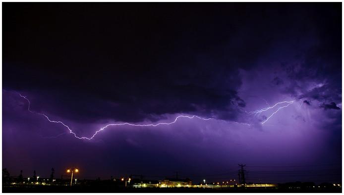 Onweer boven Eindhoven vanuit Brandevoort gezien