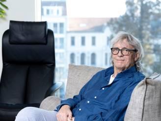 """Biografie toont kleine kantjes van Pieter Aspe: """"Drinken was enige manier om mijn ellende te vergeten"""""""