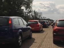 Verkeerschaos rond  festivalterrein Lowlands