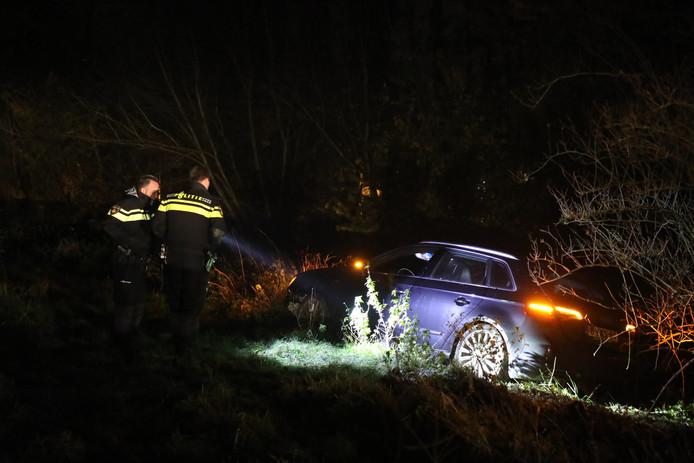 Auto lanceerde zichzelf op de A59 in de buurt van Scharlo en Waspik.