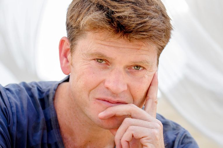 Presentator Beau van Erven Dorens Beeld anp