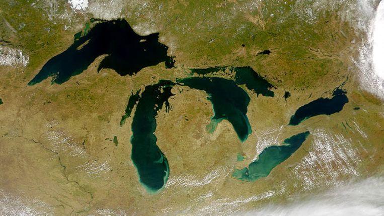 De Grote Meren vanuit de ruimte belicht.