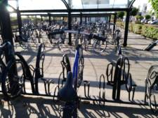 Kapelle haalt 58 fietswrakken weg bij station