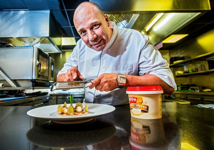 Gert Blom is kok van sterrenrestaurant Amarone in Rotterdam. Hij woont in Zwammerdam.