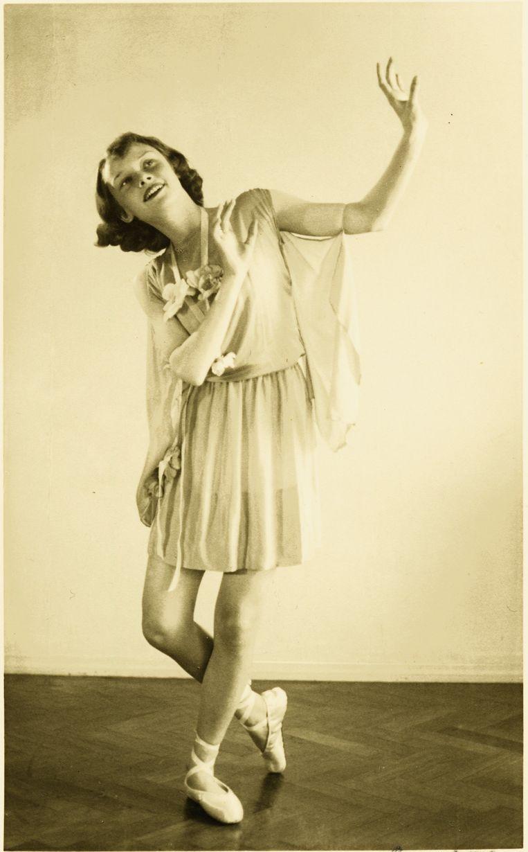 Hepburn in 1942 Beeld Manon van Suchtelen / Dotti Collection