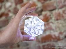 Eindelijk vorm voor glazen blokje van de Glinstering in Tubbergen
