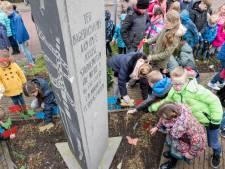 Stille tocht en vlinders voor Joodse slachtoffers van de Duitse onderdrukking in Zierikzee