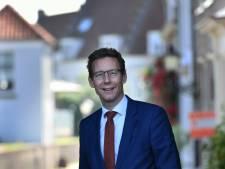 Wijkse burgemeester Poppens verrast inwoners met vertrek naar Amstelveen