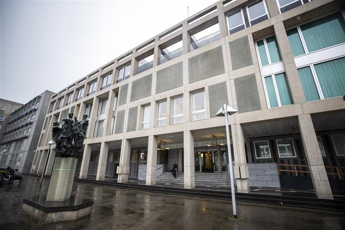 Exterieur van het gerechtshof in Arnhem.