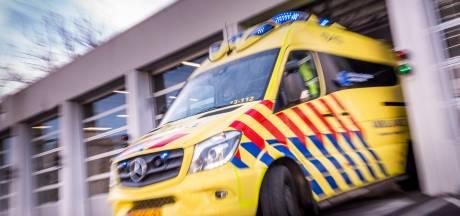 Twee personen gewond bij mislukte inhaalactie in Leiden