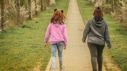 """Vier moeders over hun doodzieke kind dat nergens hulp krijgt: """"De ouders van Kim De Gelder hebben ook gewaarschuwd voor hun kind"""""""