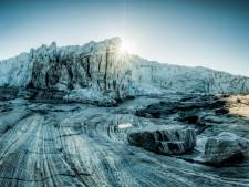 Enorme inslagkrater ontdekt onder twee kilometer dik Groenlands ijs