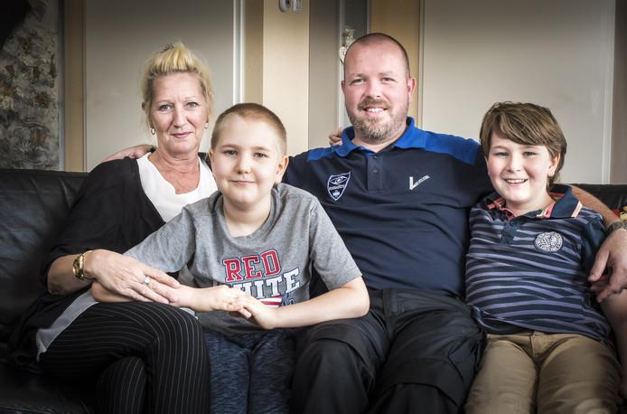 Familie De Boer - Van der Horst: moerder Reinette ,Rico-Jay,  vader Henk-Jan en Ryan .