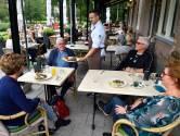 Bij het bekendste restaurant van Baarn kun je rekenen op klassiekers (zoals champignons in bierbeslag)