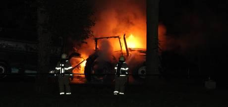Tractor uitgebrand in buitengebied Lunteren