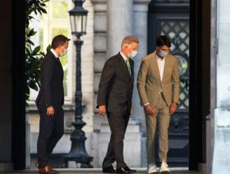 Koning weigert ontslag preformateurs: opdracht verlengd tot woensdag, maar wat nu?