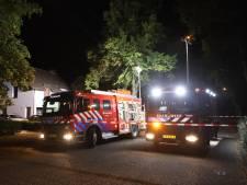 Bijgebouw achter huis in Rosmalen gaat in vlammen op