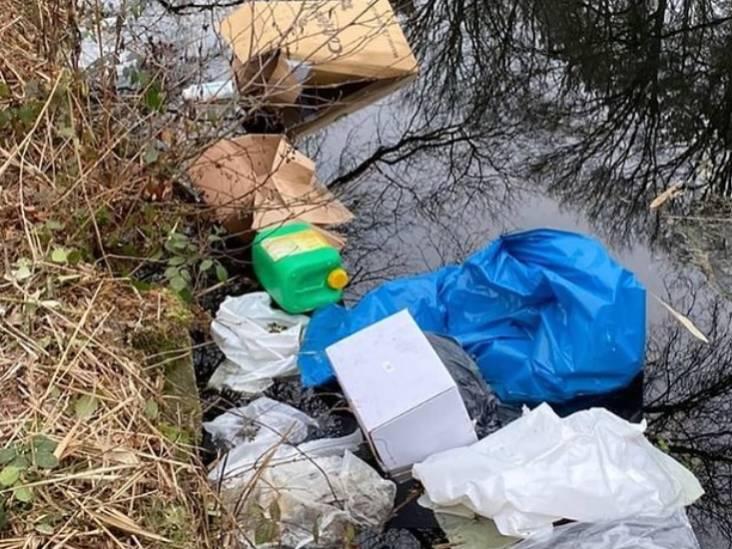 Drugsafval gedumpt in kanaal tussen Geldrop en Mierlo