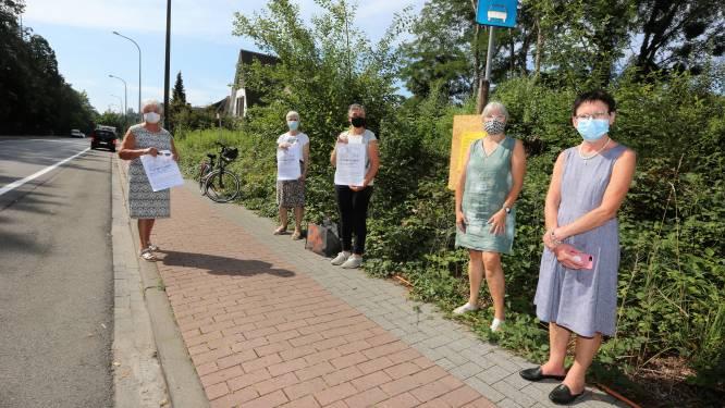"""Fel protest tegen nieuwe feestzaal in Huizingen: """"Dit kan ons dorp echt niet meer aan"""""""