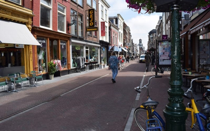 De Haarlemmerstraat in Leiden