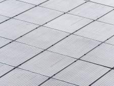 Hij doet het! Grootste zonnepark van Nederland (dat bij Hoogezand) levert direct aan het hoogspanningsnet