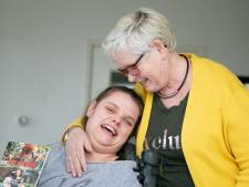 Is het leven van Aniek (26) uit Vroomshoop nog de moeite waard? Moeder Gebbie zegt volmondig 'ja'