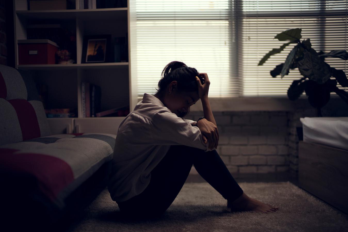 Business woman is depressed depressie stock