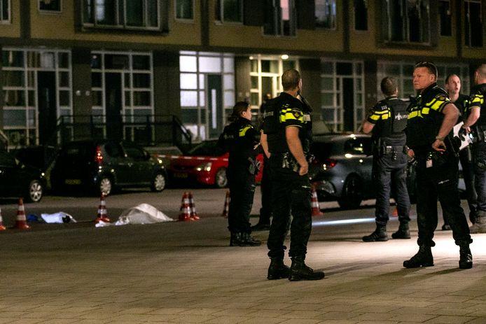 De moord op de 42-jarige Johnny Henriques uit Dordrecht wordt dinsdagavond opnieuw in het tv-programma Opsporing Verzocht behandeld.