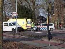 Fietsster gewond na aanrijding op kruising in Den Ham