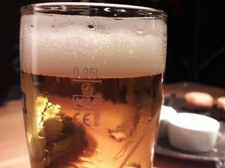 Helft Zeeuwse jongvolwassenen drinkt te veel