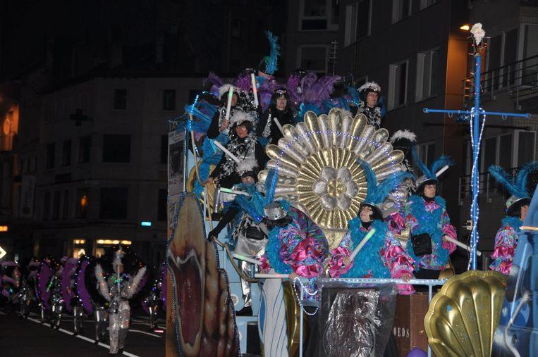 De Orde van de Wullok neemt deel aan heel wat carnavalstoeten.