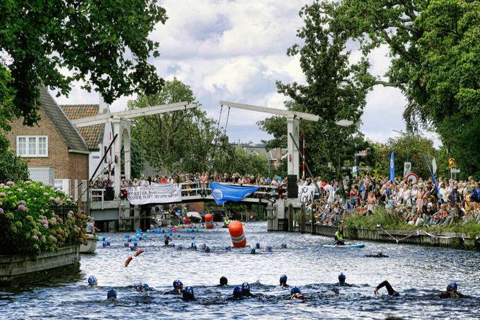 In Breukelen is dit jaar ook het zwemevenement Swim to Fight Cancer gehouden.
