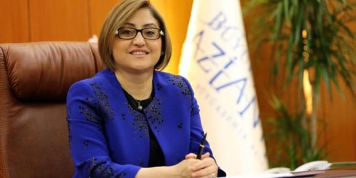 Een bezoek van oud-minister en kopstuk AK-partij Fatma Sahin aan Deventer is afgeblazen na overleg met Nederlandse diplomaten.