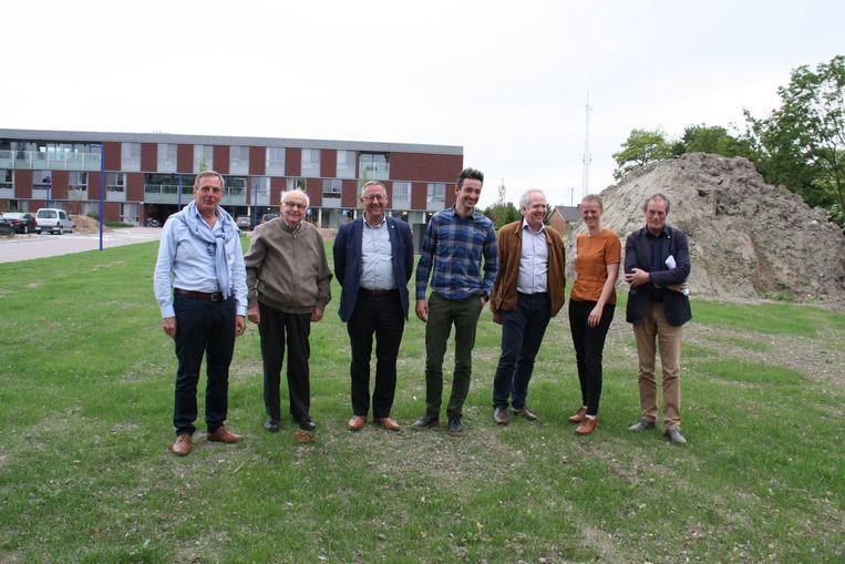Woonmaatschappij IJzer en Zee en het Diksmuids stadsbestuur investeren samen in een gloednieuw sociaal gebouw op de site van Yserheem. De nieuwbouw zal één bouwlaag hoger zijn dan het woonzorgcentrum.