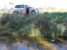 Scootmobieler onderkoeld na val in sloot in Zierikzee