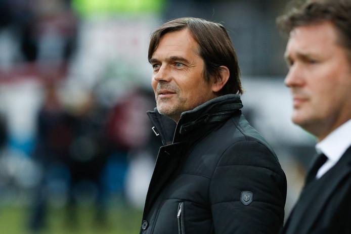 Phillip Cocu zag zijn team zaterdag met 0-2 winnen bij Sparta.