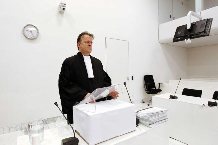 Advocaat Richard Korver vorig jaar voor aanvang van de Amsterdamse zedenzaak tegen hoofdverdachte Robert M. en zijn echtgenoot Richard van O.. Beeld anp