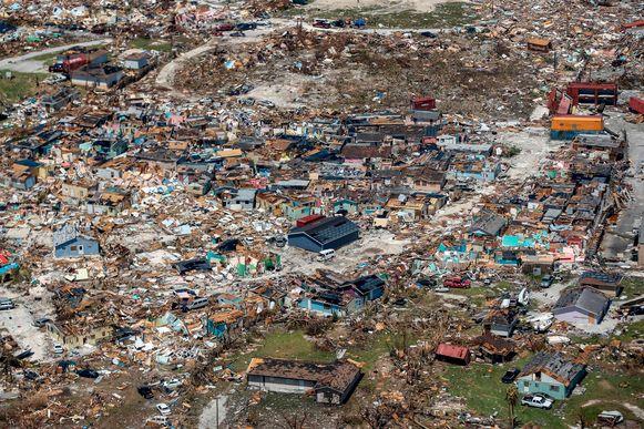 De gigantische ravage in Freeport, Grand Bahama.