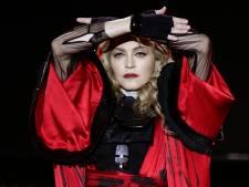 Madonna eert Evita-regisseur Alan Parker: 'Hij dreef me tot het uiterste'