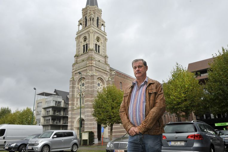 Het jarenlange protest van Filip Deforche tegen de ontwijding van de Sint-Amandskerk blijkt nu een maat voor niets.